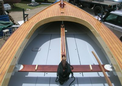 Steam bent coaming of new Corsairs Boats Couta boat construction