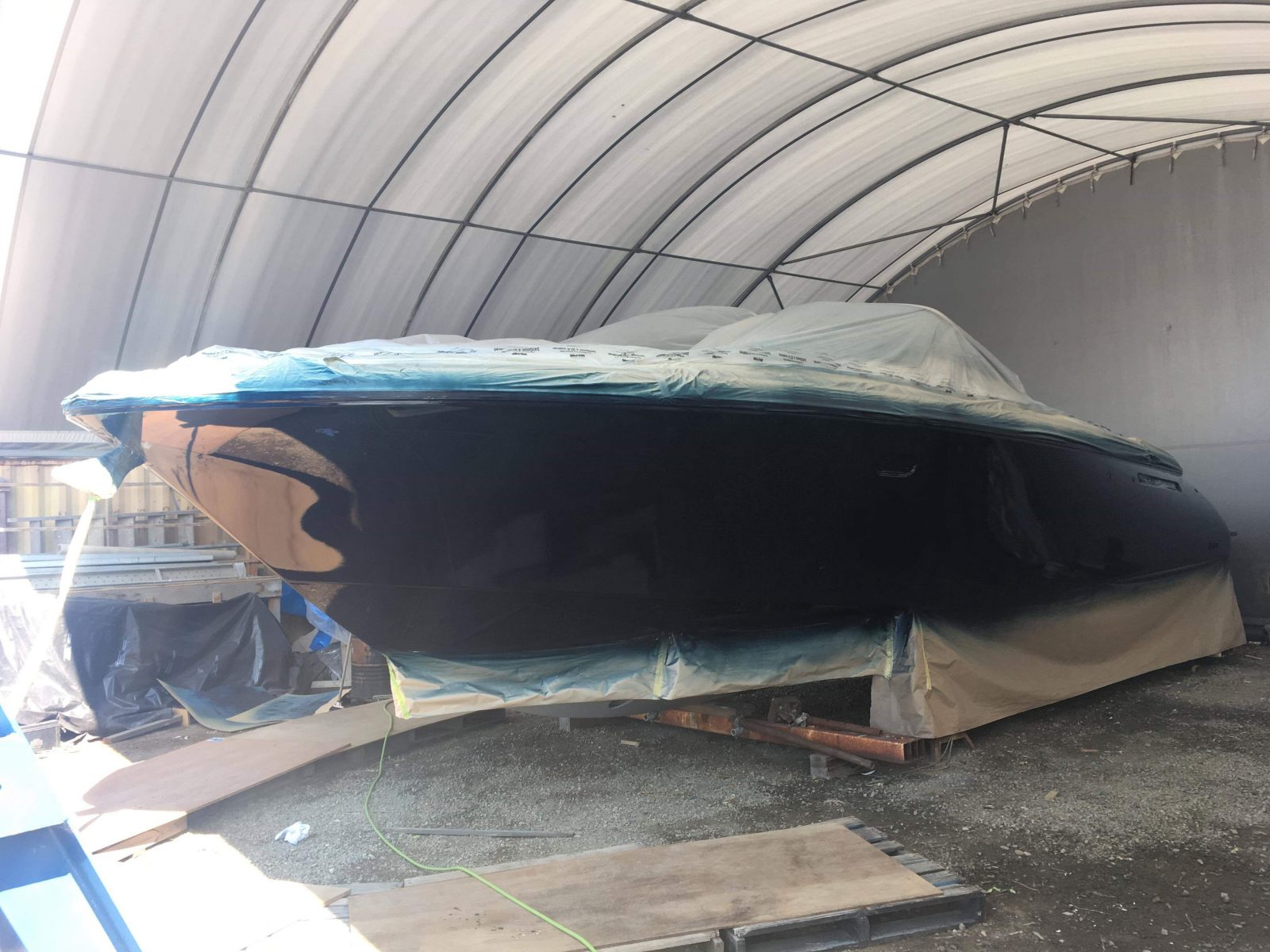 Chris Craft 36' total restoration - after spraying 1st coat of gloss